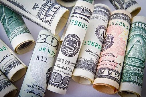 自己破産してブラックでも融資可能な消費者金融8選|即日お金を借りれる人気な業者とは!?
